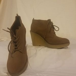 Wedge tie up booties